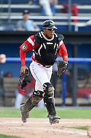 Batavia Muckdogs catcher Luis Alberto Sanz (19) during the second game of a doubleheader against the Connecticut Tigers on July 20, 2014 at Dwyer Stadium in Batavia, New York.  Connecticut defeated Batavia 2-0.  (Mike Janes/Four Seam Images)