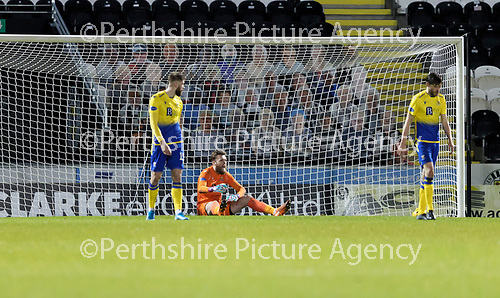 St Mirren v St Johnstone…19.12.20   St Mirren Park      SPFL<br />Zander Clark reacts after conceding Jon Obika's goal<br />Picture by Graeme Hart.<br />Copyright Perthshire Picture Agency<br />Tel: 01738 623350  Mobile: 07990 594431