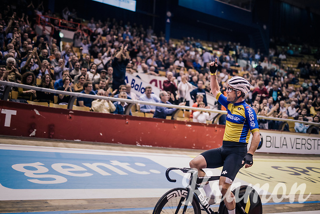 Mark Cavendish (GBR) wins his derny race of the day<br /> <br /> zesdaagse Gent 2019 - 2019 Ghent 6 (BEL)<br /> day 2<br /> <br /> ©kramon
