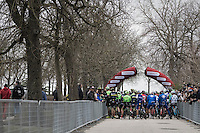 peloton getting ready for the 11th Strade Bianche (2017) race start