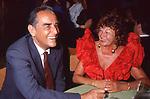 VITTORIO GASSMAN CON INGE FELTRINELLI - PREMIO STREGA VILLA GIULIA ROMA 1990