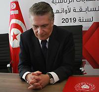 354/5000<br /> Nabil Karoui, magnat des médias tunisien et candidat potentiel à la présidentielle, est photographié après avoir présenté sa candidature à la commission électorale tunisienne à Tunis, la capitale, le 2 août 2019. - Les candidats à la présidence en Tunisie ont commencé à enregistrer leurs candidatures aujourd'hui pour des élections clichées de septembre appelées après le décès du président du dirigeant de 92 ans Beji Caid Essebsi<br /> <br /> PHOTO : Agence Quebec Presse - jdidi wassim