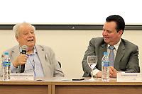 CAMPINAS, SP 26.06.2018-MINISTRO KASSAB-Diretor-geral do CNPEM, Rogério Cezar Cerqueira Leite. O ministro da Ciência, Tecnologia, Inovações e Comunicações, Gilberto Kassab, participou nesta terça-feira (26) da cerimônia de inauguração do novo prédio do Laboratório Nacional de Nanotecnologia (LNNano), em Campinas (SP). <br /> O espaço vai abrigar três microscópios eletrônicos de criomicroscopia de última geração, equipamentos de litografia de íons e elétrons e uma sala limpa para nonofabricação de dispositivos. Toda a infraestrutura será aberta à comunidade científica.<br /> A obra foi realizada com recursos oriundos do contrato de gestão firmado entre o MCTIC e o Centro Nacional de Pesquisa em Energia e Materiais (CNPEM), ao custo total de R$ 3,5 milhões. (Foto: Denny Cesare/Codigo19)