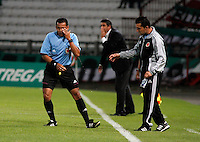 MANIZALES -COLOMBIA, 01-06-2013. Juan Gamarra, arbitro, durante el encuentro entre Once Caldas y Patriotas FC de la fecha 18 de la Liga Postobón 2013-1 realizado en el estadio Palogrande de Manizales./ Juan gamarra, referee, during match between Once Caldas and Patriotas FC during 18th date of Postobon  League 2013-1 at Palogrande stadium in Manizales. Photo: VizzorImage/Yonboni/STR