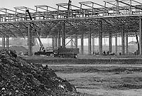 - Yard for the new FIAT plant of Melfi....- Cantiere per il nuovo stabilimento FIAT di Melfi