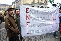- Vercelli, Febbraio 1986, manifestazione degli agricoltori contro la centrale nucleare di Trino Vercellese<br /> <br /> - Vercelli, February 1986, farmers' demonstration against the Trino Vercellese nuclear power plant