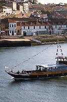 passenger ferry boat port lodge av. diogo leite vila nova de gaia porto portugal