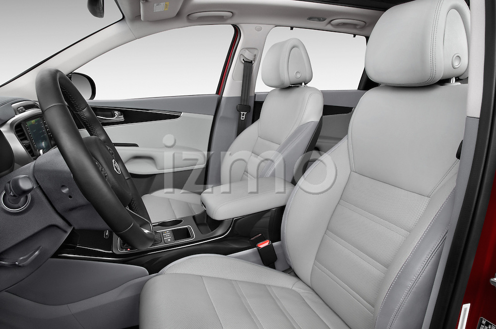 Front seat view of a 2016 KIA Sorento SX AT 5 Door SUV Front Seat car photos