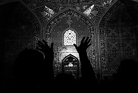 Isphahan, Iran, March 23, 2007.Inside the magnificent Lotfollah Mosque..