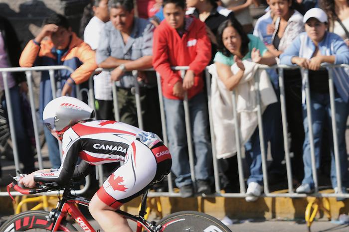Marie-Claude Molnar, Guadalajara 2011 - Para Cycling // Paracyclisme.<br /> Marie-Claude Molnar competes in the road race // Marie-Claude Molnar participe à la course sur route. 11/12/2011.