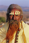 India, Rajasthan, Portrait of Holy Man | Indien, Rajasthan, heiliger Mann, Portrait