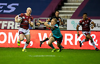 29th April 2021; DW Stadium, Wigan, Lancashire, England; BetFred Super League Rugby, Wigan Warriors versus Hull FC;  Liam Farrell of Wigan Warriors breaks for the line trailed by Adam Swift of Hull KR