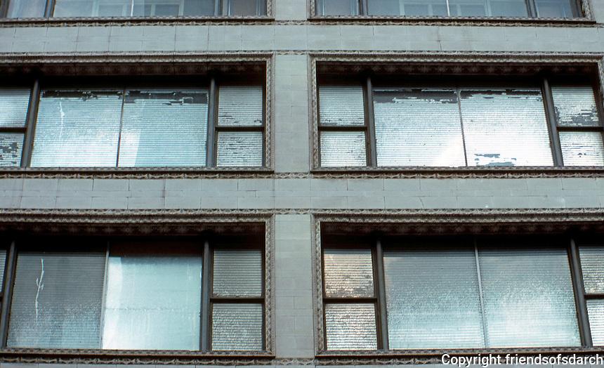 Louis Sullivan: Carson, Pirie, Scott Dept. store windows.  Photo '88.