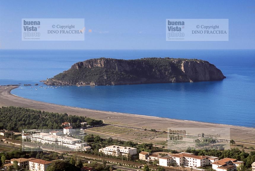 - Calabria, Cedar Coast, the Dino Island<br /> <br /> - Calabria, Costa dei Cedri, l'Isola Dino