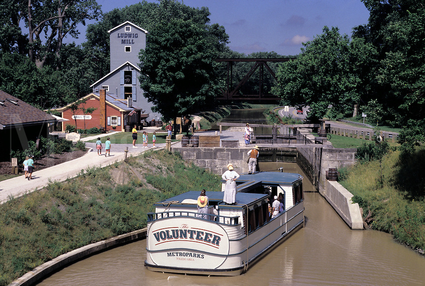 """Providence Metropark; Toledo, Ohio; mule-drawn canal boat, """"""""The Volunteer""""""""; restored section of the Miami & Erie Canal, Lock No. 14; Isaac Ludwig Mill, restored water-powered saw and grist mill."""