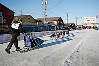 Friday March 16, 2007  - Nome, Alaska ----  Rick Casillo runs down the finish chute arriving in Nome in 38th place.