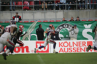Rob Lee (Safety Frankfurt Galaxy) tr‰gt eine Interception zur¸ck