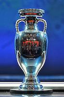 La Coppa <br /> Parigi 12-12-2015 Sorteggio fase finale Euro 2016 campionato Europeo di Calcio per Nazioni Francia 2016 <br /> Foto Anthony BIBARD / Panoramic / Insidefoto