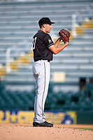 Jupiter Hammerheads relief pitcher Dylan Lee (27) looks in for the sign during the second game of a doubleheader against the Bradenton Marauders on May 27, 2018 at LECOM Park in Bradenton, Florida.  Jupiter defeated Bradenton 4-1.  (Mike Janes/Four Seam Images)