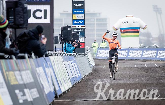Mathieu Van der Poel (NED/Alpecin-Fenix) winning his 4th Elite World Champion Title<br /> <br /> UCI 2021 Cyclocross World Championships - Ostend, Belgium<br /> <br /> Elite Men's Race<br /> <br /> ©kramon