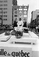 Defile de la Saint-Jean-Baptiste, le 23 Juin  1968<br /> ,Quebec<br /> <br /> <br /> Photo : AQP - Photo moderne