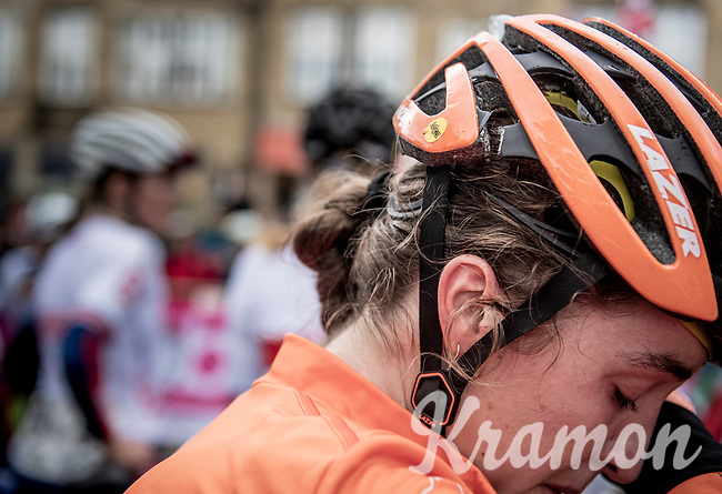a cracked helmet after a late crash in the Junior Women road race finish straight made lots of victims and was resposible for lots of (decompression) emotions & injury checkups once behind the line...<br /> <br /> from Doncaster to Harrogate (86km)<br /> 2019 Road World Championships Yorkshire (GBR)<br /> <br /> ©kramon