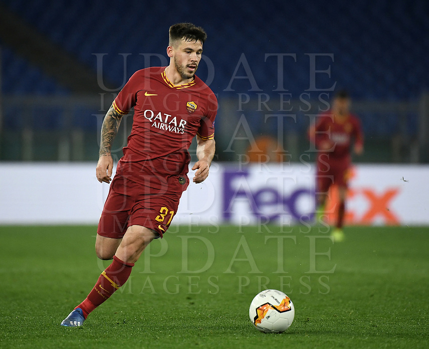 Football Soccer: UEFA Europa League round of 32 first leg AS Roma vs KAA Gent, Olympic stadium, Rome, 20 February, 2020.<br /> Roma's Carles Pérez in action during the Europa League football match between Roma and Gent at the Olympic stadium in Rome on 20 February, 2020.<br /> UPDATE IMAGES PRESS/Isabella Bonotto