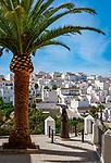 Spanien, Andalusien, Provinz Cádiz, Vejer de la Frontera: Statue, verschleierte Frau | Spain, Andalusia, Province Cádiz, Vejer de la Frontera: statue, disguised, shrouded woman
