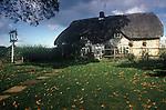 The Village Pub. The Boot. Littledown, Near nr Vernham Dean, Hampshire, England. 1990s 1991