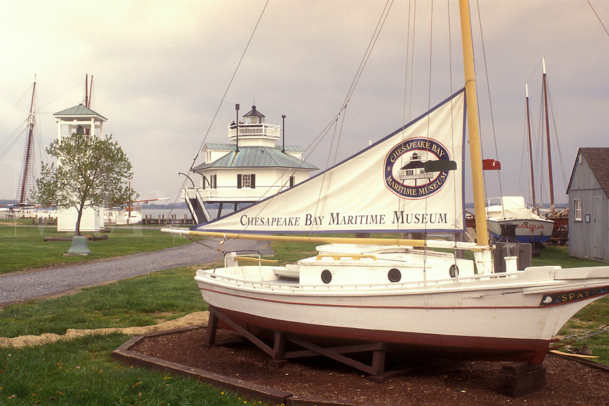 AJ1107, Maryland, Chesapeake Bay Maritime Museum, St. Michaels, Historic boat displayed at the Chesapeake Bay Maritime Museum in St. Michaels on the Chesapeake Bay in Maryland.
