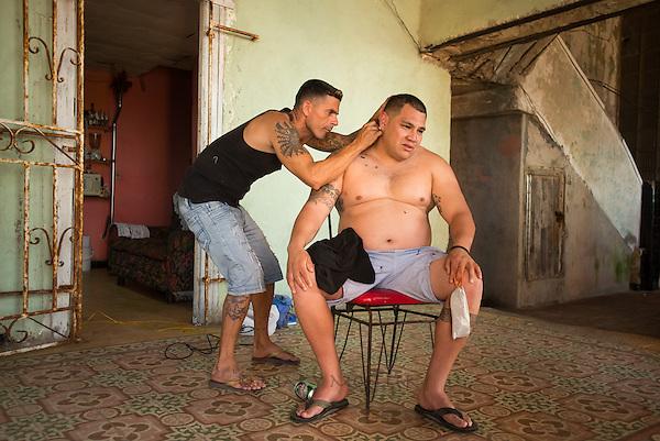 Malecon Haircut, Havana 2013