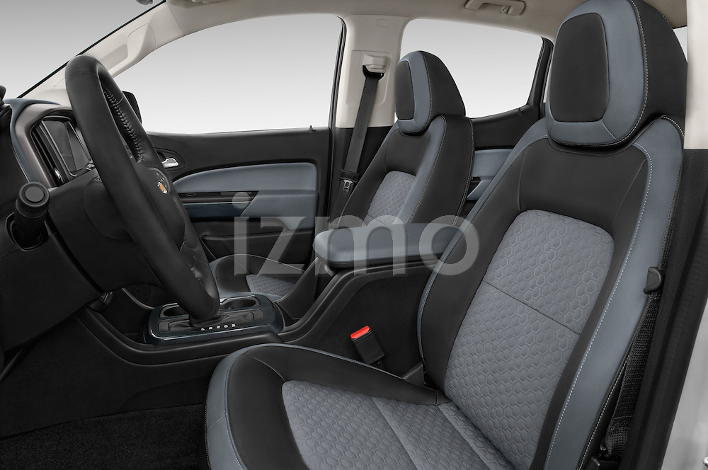 Front seat view of a 2017 Chevrolet Colorado Z71 Crew Cab 4 Door Pick Up Front Seat car photos