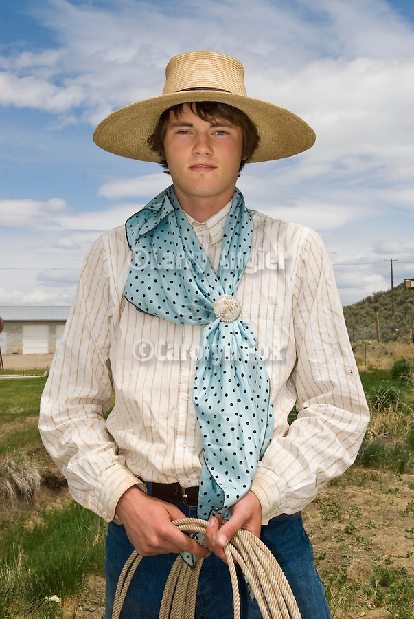 Daniel Gaspar with light blue rag and lasso, Jordan Valley Big Loop Rodeo..