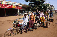 CAMBODIA Mekong River, people in motorbike taxi / KAMBODSCHA Mekong Fluss, Menschen in einem Motorrad Taxi