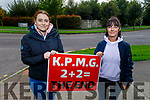 Amy Hourigan and Trish O'Sullivan from Tralee, standing at their picket line in Manor, who were part of the Debenhams protest in Cork