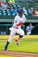 Byron Buxton (7) of the Chattanooga Lookouts runs during a game between the Jackson Generals and Chattanooga Lookouts at AT&T Field on May 8, 2015 in Chattanooga, Tennessee. (Brace Hemmelgarn/Four Seam Images)