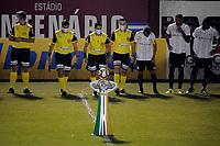 CAXIAS DO SUL, RS, 16.04.21 – CAXIAS – GREMIO - O árbitro Anderson Farias, na partida entre Caxias e Grêmio, válida pela primeira rodada, do Campeonato Gaúcho 2021, no estádio Centenário, em Caxias do Sul, nesta sexta-feira  (16).