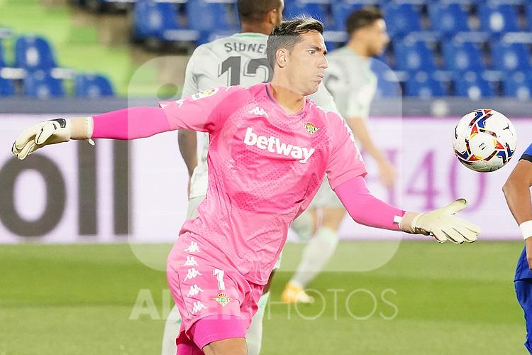 Real Betis Balompie's Joel Robles during La Liga match. September 29,2020. (ALTERPHOTOS/Acero)