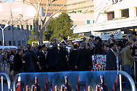 ©2003 KATHY HUTCHINS / HUTCHINS PHOTO.DAREDEVIL PREMIERE.WESTWOOD, CA.FEBRUARY 9,2003..BEN AFFLECK, JENNIFER LOPEZ WITH CROWD, PHOTOGRAPHERS,  AND SECURITY AT PREMIERE