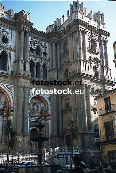 """the unfinished tower of the Malaga Cathedral """"La Encarnación"""" (Cathedral of the Incarnation), also called La Manquita (The Missing)<br /> <br /> el torre de la Catedral La Encarnación, también conocida como La Manquita<br /> <br /> der nicht fertiggstellte Turm der Kathedrale La Encarnación, auch """"La Manquita"""" genannt<br /> <br /> Original: 35 mm slide transparency"""