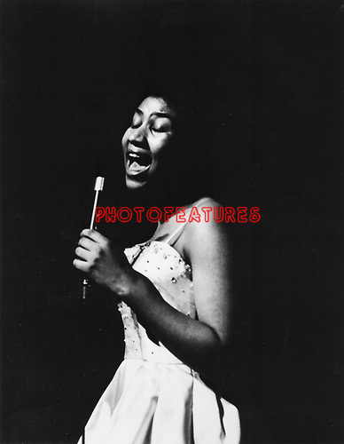 Aretha Franklin on CBS Records.photo from promoarchive.com/ Photofeatures..