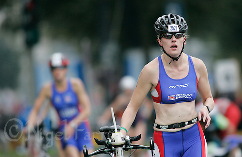 02 SEP 2007 - HAMBURG, GER - Suzanne Hilton (GBR) - World Age Group Triathlon Championships. (PHOTO (C) NIGEL FARROW)
