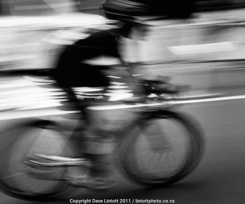 Trust House Wellington Cycle Classic Stage 5 - Criterium at Lambton Quay, Wellington, New Zealand on Sunday, 30 January 2011. Photo: Dave Lintott / lintottphoto.co.nz