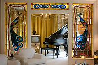Graceland, home of Elvis Presley : Living room