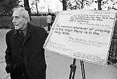 Anti-Catholic Christian preacher, Speakers Corner, November 1977.