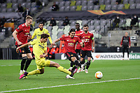 26th May 2021; STADION GDANSK GDANSK, POLAND; UEFA EUROPA LEAGUE FINAL, Villarreal CF versus Manchester United: Manchester United's SCOTT MCTOMINAY with PAU TORRES as EDINSON CAVANI scores to equalise at 1-1