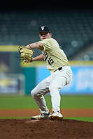 Vanderbilt Commodores relief pitcher Reid Schaller (45) in action against the Houston Cougars during game nine of the 2018 Shriners Hospitals for Children College Classic at Minute Maid Park on March 3, 2018 in Houston, Texas. The Commodores defeated the Cougars 9-4. (Brian Westerholt/Four Seam Images)