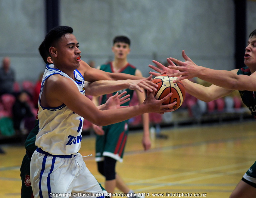 Action from the 2019 Schick AA Boys' Secondary Schools Basketball Premiership National Championship match between St Patrick's College Wellington and Westlake Boys' High School at the Central Energy Trust Arena in Palmerston North, New Zealand on Monday, 30 September 2019. Photo: Dave Lintott / lintottphoto.co.nz