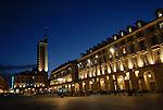 Piazza Castello di notte a Torino. Marzo 2007...Castle square by night in Torino. March 2007...Ph. Marco Saroldi. Pho-to.it