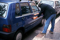 Furti di automobili. Thefts of cars.....